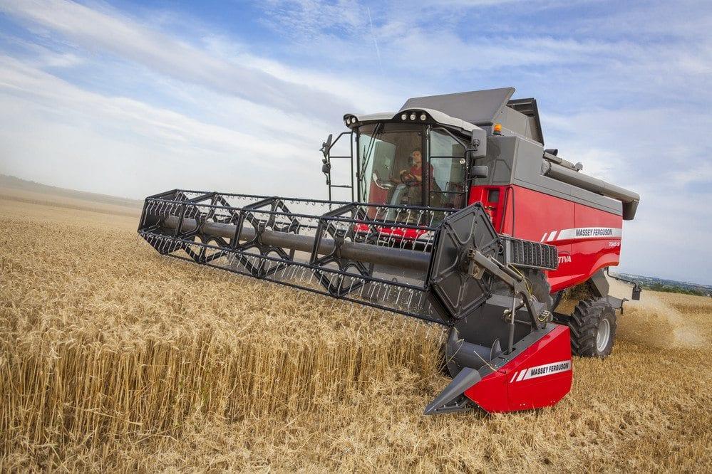 Massey Ferguson Combines at C&O Tractors - ACTIVA S
