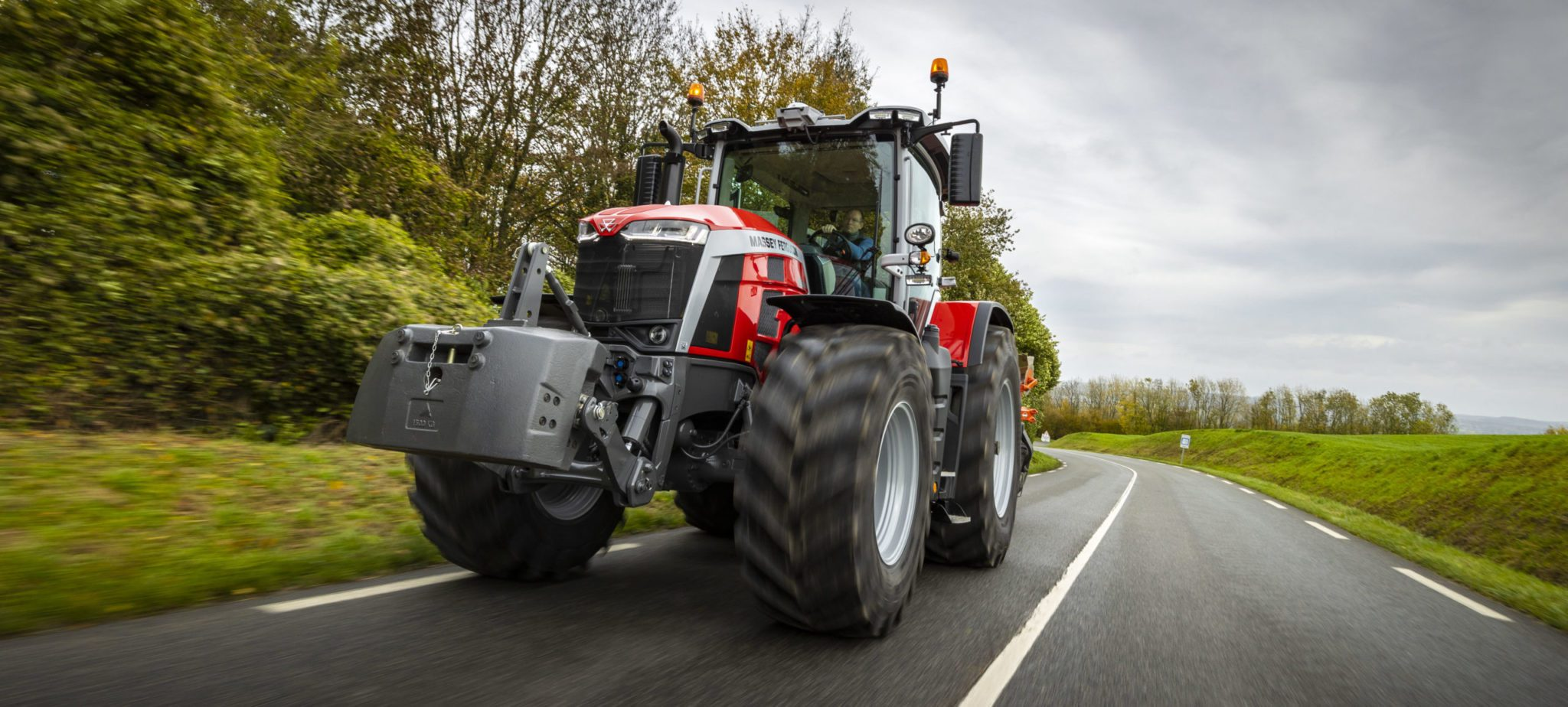 MF 8S.265 Wins Tractor of the Year